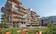 Individuell, in die Höhe gebaut und mit viel Grün statt Parkplätzen – so könnte Stadtarchitektur in Zukunft aussehen.   / Bild: (c) APA/Herta Hurnaus