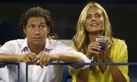 Heidi Klum sits next to Vito Schnabel as they watch men´s singles match between Milos Raonic of Canada and Kei Nishikori of Japan at the 2014 U.S. Open tennis tournament in New York / Bild: (c) REUTERS (ADAM HUNGER)