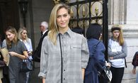 Bar Refaeli CELEBRITES Defile Stella McCartney Pret a Porter 29 09 2014 GwendolineLeGoff Panor / Bild: (c) imago/PanoramiC (imago stock&people)