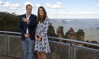 Britain´s Prince William and his wife Catherine, the Duchess of Cambridge, stand at Echo Point Lookout at Katoomba in the Blue Mountains near Sydney / Bild: (c) POOL (POOL)