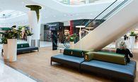 Neue Ruhezone in der Shopping City Süd, Österreichs erstem Vier-Sterne-Einkaufszentrum. / Bild: (c) SCS