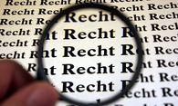 Recht unter der Lupe / Bild: (c) www.BilderBox.com (www.BilderBox.com)