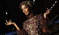 Schoko Fashion Show mit Models in Kleidern aus Schokolade am ersten Messestag der Schokoladenmesse S / Bild: (c) imago/Future Image (imago stock&people)