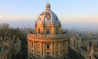 Oxford machte einen Anwalt aus ihm - jetzt verklagt er die Uni. / Bild: flickr/https://www.flickr.com/photos/tejvan/5179357594 / https://creativecommons.org/licenses/by/2.0/
