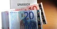 THEMENBILD-PAKET: SPARPAKET/SPARBUCH/BANKEN/ZUKUNFTSVORSORGE