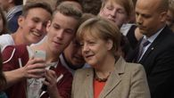 Merkel als Zeitzeugin / Bild: (c) Reuters (Reuters, SEP 30 RTV, RTV-ARCHIV, SEP 30)
