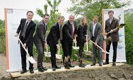 Reichl, Engerth, Beck, Nevrivy, Bayer und Urban (v. l.). / Bild:  Raiffeisen evolution