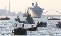 Venice 25 09 2016 Peaceful Demonstration of NO BIG SHIPS Committee against the presence of cruise / Bild: (c) imago/Independent Photo Agency (imago stock&people)