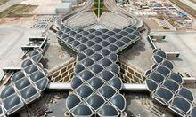Gelandet. Paul Kalkoven von Foster + Partners referiert über ihre Flughafenprojekte.