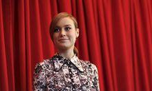 """Brie Larson ist im aktuellen Monsterfilm """"Kong: Skull Island"""" mehr als nur optischer Aufputz. Der Film enthält mehrere Anspielungen auf Werke der 1970er, u. a. """"Apocalypse Now""""."""