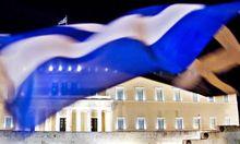 Griechen pluendern ihre Bankkonten
