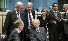 EU-Finanzminister unterzeichnen ESM