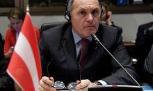 Innenminister Sobotka beim Flüchtlingsgipfel in Rom.