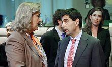 Der portugiesische Finanzminister Vitor Gaspar  muss bei der Umsetzung des Sparpaktes auch Steuern anheben,um