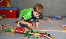 Spielen ja, aufräumen nein. Roboter Kenny - ein TU-Wien-Projekt - könnte Abhilfe schaffen.