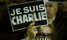 Solidarität mit den Opfern des Anschlags auf Charlie Hebdo