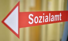 THEMENBILD: MINDESTSICHERUNG  / SOZIALAMT