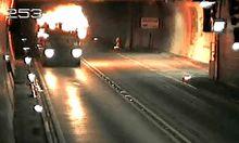 Arlbergtunnel nach LkwBrand gesperrt