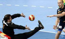 Spanien schoss scharf