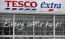 Tesco kann den Umsatzrückgang zu Jahresbeginn nicht stoppen