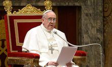 Historisches Treffen: Franziskus besucht Benedikt XVI.
