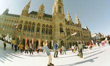 Rathausplatz niemals schlaeft