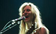 """Leslie Feist veröffentlicht sie bald das fünfte Album: """"Pleasure""""."""