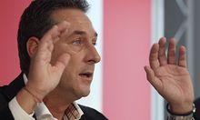 FPÖ-Chef Strache fordert im Fall Kampusch die Wiederaufnahme der Ermittlungen.