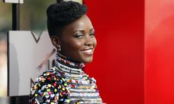 Lupita Nyong´o arrives at the 2014 MTV Movie Awards in Los Angeles