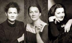 Anita Zieher feiert das Jubiläum ihres Vereins Portraittheater. / Bild: Verein Portraittheater