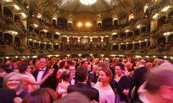 Grazer Opernredoute 2016 / Bild: (c) APA/ERWIN SCHERIAU