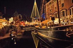Zentral. Liseberg ist das Epizentrum von Göteborgs Weihnachtsextravaganz. / Bild: (c) Sascha Rettig