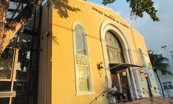 Synagoge Miami. Jüdische Missis Florida, effiziente Eingangskontrolle. / Bild: (c) Amanshauser