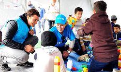 Orlando Bloom in der Ostukraine / Bild: Unicef