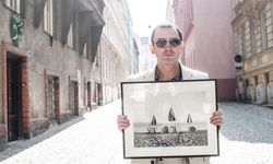 """Presse""-Fotograf Clemens Fabry hat am Meer ""Slow Photography"" betrieben. / Bild: (c) Christine Pichler."