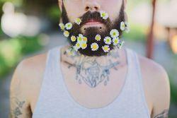 Jetzt blühen die Bärte / Bild: Instagram/Fashion.Beauty.Love
