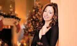 Festlich. Vicky Leandros' Weihnachtstournee führt sie auch nach Wien.  / Bild: (c) Stephan Pick