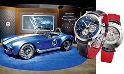 """Baume & Mercier """"Capeland Shelby Cobra"""" Edelstahl-Chronograf. Zu Ehren des 50. Jubiläums von Shelbys FIA-Weltmeisterschaft ist der Edelstahl-Chronograf auf 1965 Exemplare limitiert. Der 18-Karat-Rotgold-Chronograf ist als Hommage an Carroll Shelbys Cobra-Rennnummer 98 gedacht. Er ist demnach auf 98 Exemplare limitiert. Die Preise: Stahl 3900 Euro und Rotgold 17.800 Euro. / Bild: (c) Beigestellt"""