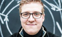 Klartext. Christoph Hoch macht Schaumwein ohne Hefezusatz. Mit Erfolg. / Bild: (c) Christine Pichler