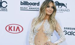 Jennifer Lopez arrives at the 2015 Billboard Music Awards in Las Vegas