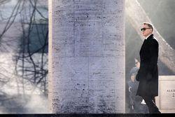 Daniel Craig bei den Dreharbeiten zu ''Spectre'' in Rom / Bild: (c) APA/EPA (ANGELO CARCONI)
