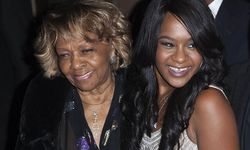 Crissy Houston und Enkelin Bobbi Kristina / Bild: (c) REUTERS (ANDREW KELLY)