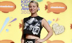 Actress Kaley Cuoco arrives at the 2015 Kids´ Choice Awards in Los Angeles