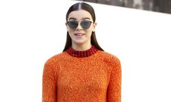 Actress and model Hailee Steinfeld poses before French fashion house Christian Dior Autumn/Winter 2015/2016 women´s ready-to-wear collection show during Paris Fashion Week