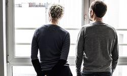 """Ausblick. Das Kolumnisten-Duo des """"Schaufensters"""": Annemarie und Florian Asamer.  / Bild: (c) Christine Pichler"""