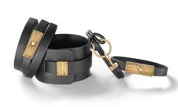 Lederduft. Lederbänder von By Kilian mit zwei exklusiv kreierten Düften, ab 155 Euro. / Bild: (c) Beigestellt