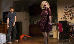 """Spritzig. Ihr Broadway-Debüt feiert Tavi Gevinson in dem Stück """"This Is Our Youth"""".  / Bild: (c)  Brigitte Lacombe"""