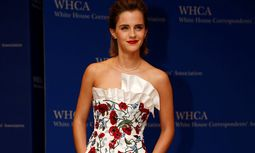 Actress Emma Watson arrives on the red carpet for the annual White House Correspondents Association Dinner in Washington / Bild: (c) REUTERS (JONATHAN ERNST)