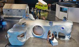 """Großformat. André Balazs kuratierte die Ausstellung """"Design at Large"""" für Basel. / Bild: (c) Beigestellt"""