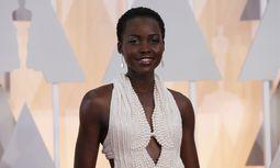 Im weißen Perlenkleid verzauberte die Schauspielerin bei den Oscars.  / Bild: (c) REUTERS (MARIO ANZUONI)